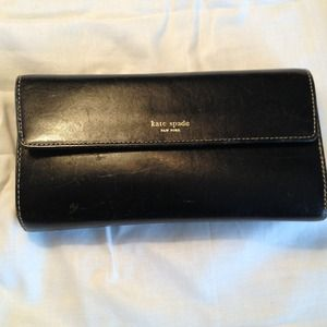 <RESERVED> Kate spade wallet