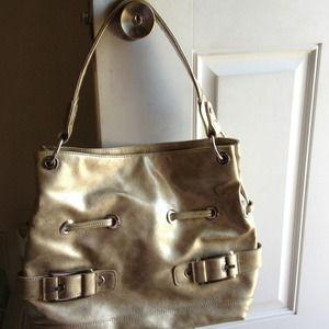 Gold Alfred Dunner Handbag w/ silver hardware.