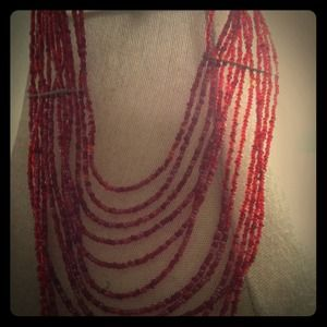 Jewelry - Red layered beaded necklace