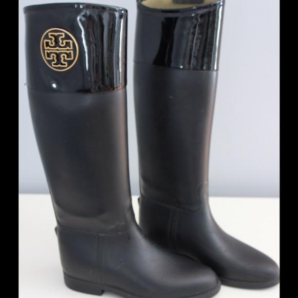 4987f161e31d Tory Burch Winnie Riding Rain Boots Size 38. M 514f80990942fb6796000f6b