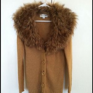 Carmel cardigan w/ removable faux fur