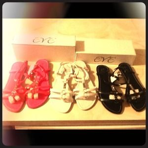 eve Shoes - Chic sandals. 3 different colors& sizes. 9, 10, 11
