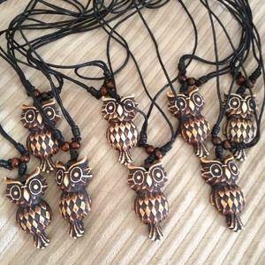 Jewelry - Stylish Owl Necklace Brown