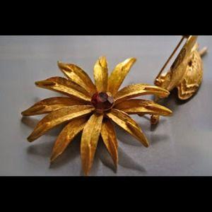 Vintage gold brooch