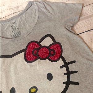 sanrio Tops - ❤️B1G1❤️50% SALE❤️Hello Kitty graphic tee