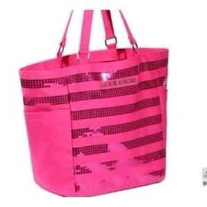 Открываю интернет-магазин брендовых сумок