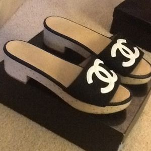 how to tell if chanel shoes are real