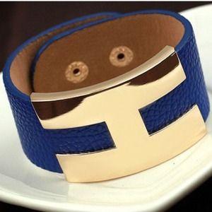 Jewelry - Leatherette cuff bracelet!