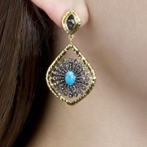 House of KL Jewelry - House of KL Elegant Neela Earrings