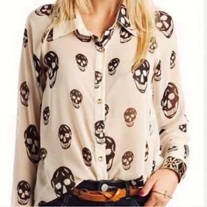 Tops - XS Skull Button Blouse