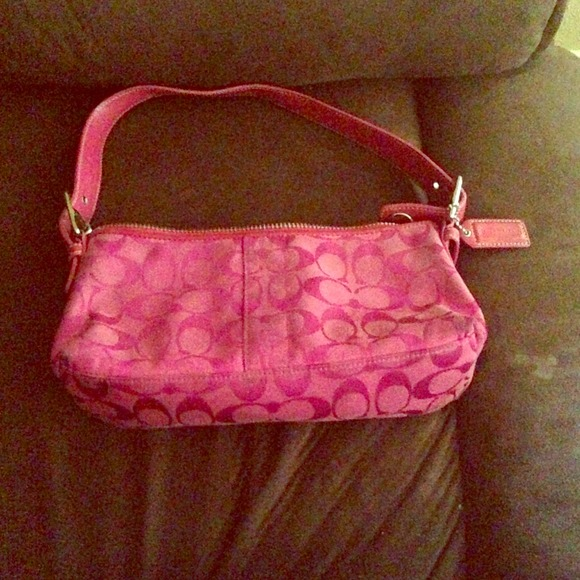 outlet for coach purses aw4y  small pink coach purse small pink coach purse