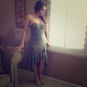 Green high-low lace dress