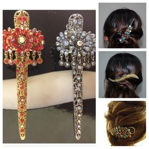 Accessories - NEW Metal & Rhinestone Hair Clamp
