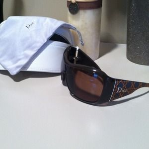  Authentic Dior sunglasses