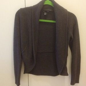 REDUCED Basic dark brown sweater