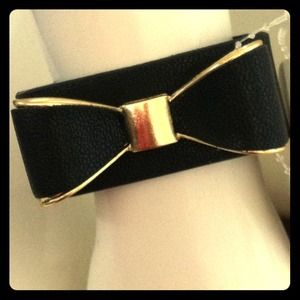 Accessories - Black bow cuff