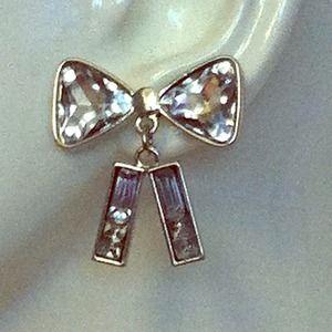 Bow silver earrings
