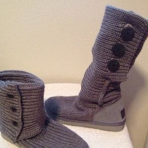 Ugg classic cardy grey boots size 8