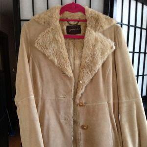 Guess fur beige coat