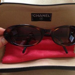 Authentic chanel cat eye sunglasses