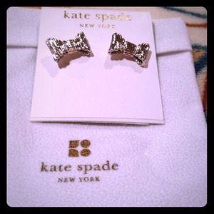 ✴BUNDLED✴100% Authentic Kate Spade Bow Earrings!