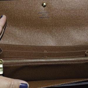 Louis Vuitton Bags - 💯Authentic Louis Vuitton Sarah Monogram Wallet