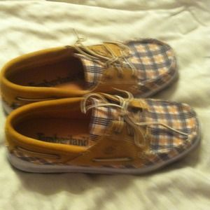 Cute Timberland boat shoes. Reserved!!!