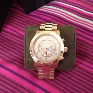 Authentic Michael Kors Rose Gold Watch💖💖💖💖