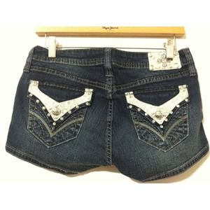 ❗FINAL SALE❗ rhinestone jean shorts! new! Size 28
