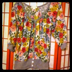 Floral sweater sz M from Forever 21 Like new