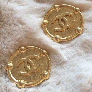 Vintage Chanel Oversized Clip On Earrings
