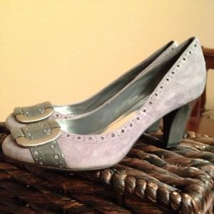 Franco Sarto Grey Suede pumps** size 6.5