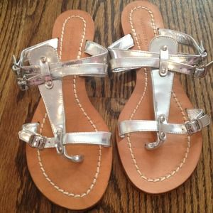 Shoes - Silver metallic sandals