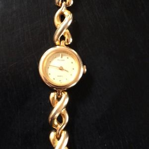 pulsar Accessories - Pulsar Quartz Bracelet watch with new battery