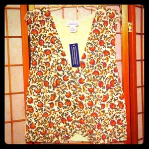 Vest NWT size L Great fall colors
