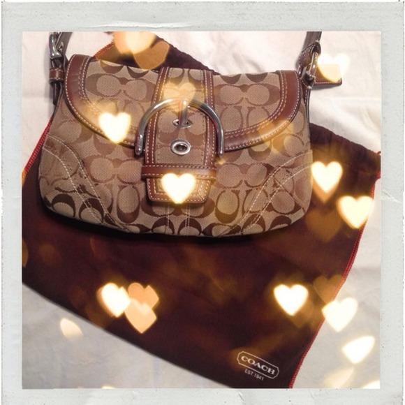 ☀️Sale ☀️ NWOT Coach Signature Soho Shoulder Bag