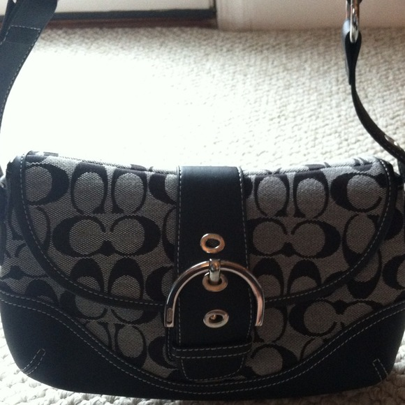 Small Coach Black Purse