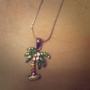 Palm tree nacklace