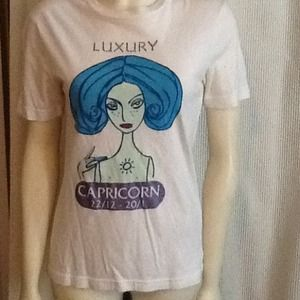 Dolce and Gabanna Capricorn Luxury tee shirt