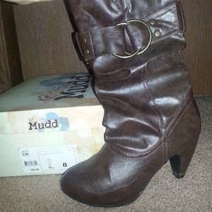 72 mudd boots brown boots with buckle from irene s