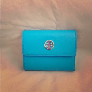 👏SOLD👏Tory Burch Wallet NWOT😁SOLD😁!!!!!!!