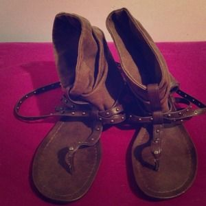 Simply Vera by Vera Wang sandals