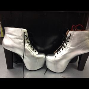 Jeffrey Campbell heels very nice!!!