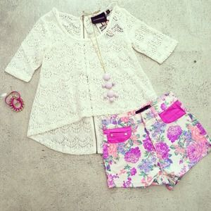 MINKPINK floral print shorts! New arrival!