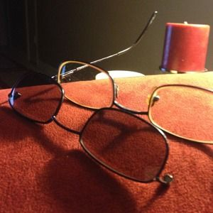 Guess prescription glasses with clip ons