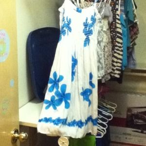 One size fit all, white and blue floral Hawaiian