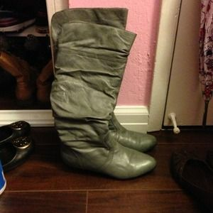 steve madden candence grey boots