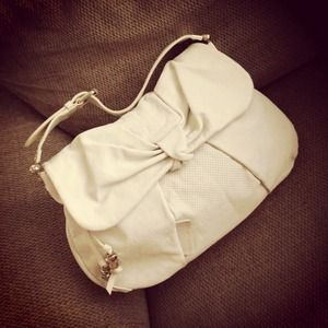LAST CALL MBMJ Bow Wow Ivory Leather Shoulder Bag