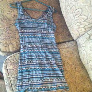 Dresses & Skirts - Aztec netback dress