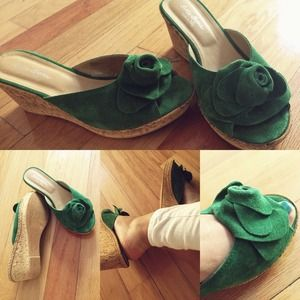 Sotto Sopra Shoes - Green Wedges 💚